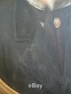 Ancien tableau huile sur toile portrait homme monté à clé