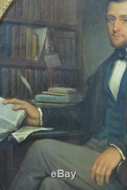 Beau tableau ancien Portrait de Jeune homme dans sa bibliothèque écrivain 19 ème