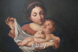 Grand tableau religieux ancien, HST Vierge à l'Enfant, croix, pomme